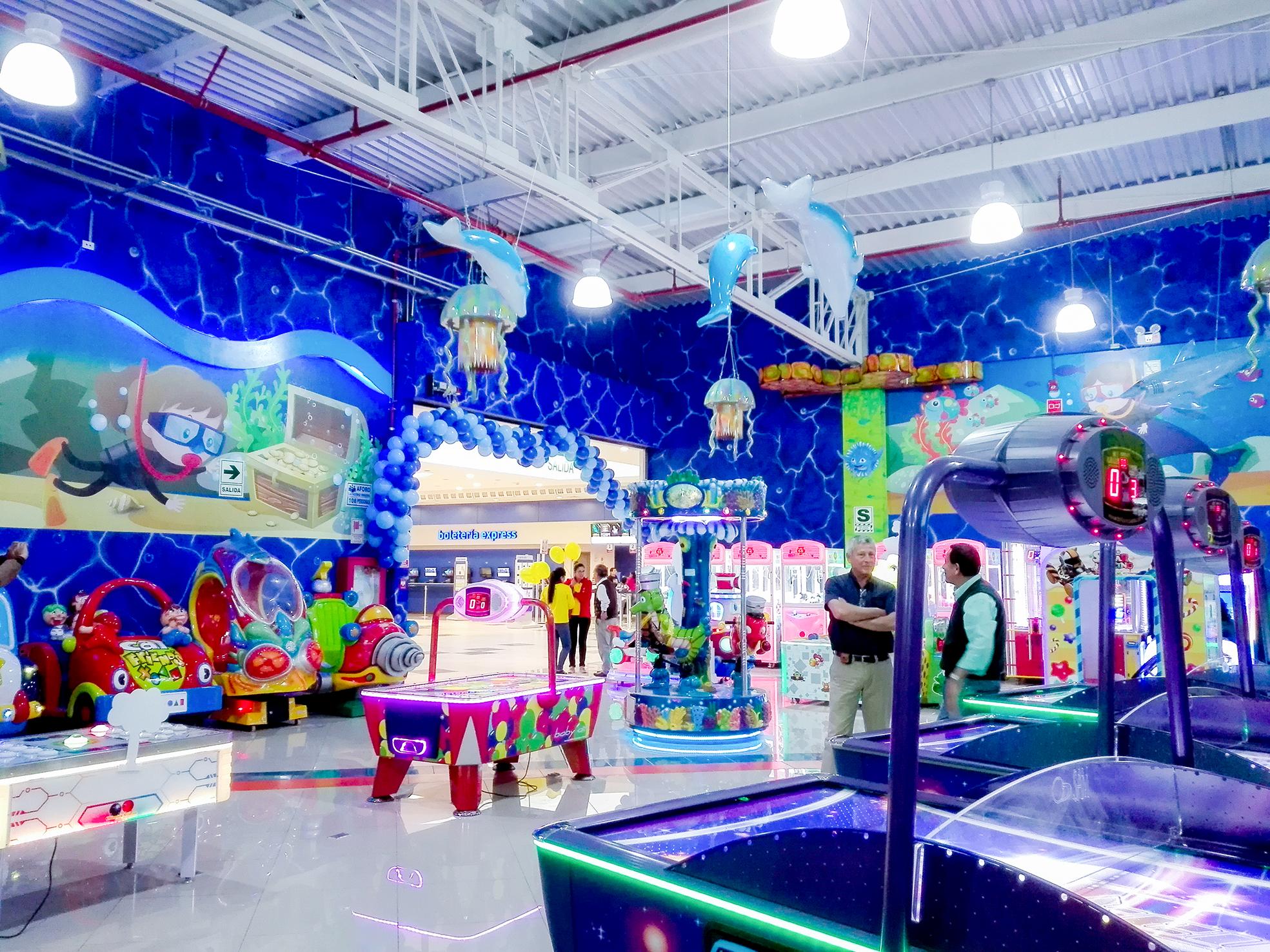 004 - Fantasy Park abrió su primer local temático en Villa El Salvador