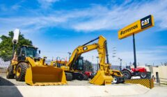 04. Inauguración Ferreyros Ica 240x140 - Ferreyros ofrecerá un portafolio completo de maquinaria y servicios en Ica