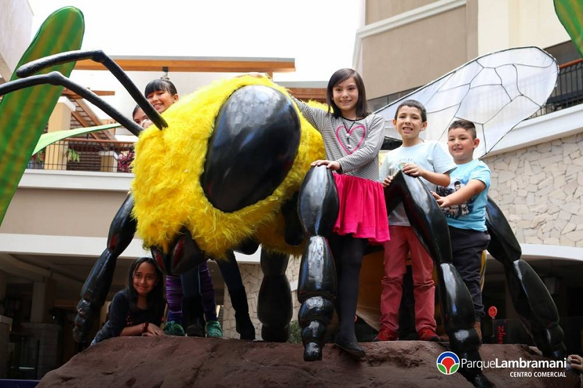 14556548 1245358368819563 9125149844910340983 o - MegaMundo llega al Parque Lambramani de Arequipa