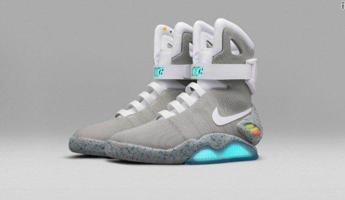 Hormiga cocinar Fontanero  Las míticas zapatillas Nike de 'Volver al futuro' se crearon para una  subasta en Estados Unidos y Canadá | Perú Retail