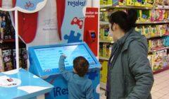 compra mama hijo 240x140 - ¿Cuál es el desafío de las marcas para no perder clientes?