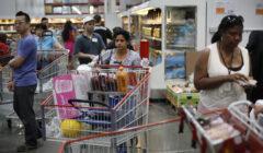 consumidor region 2 240x140 - Confianza del consumidor en Perú sigue siendo el más alto de la región