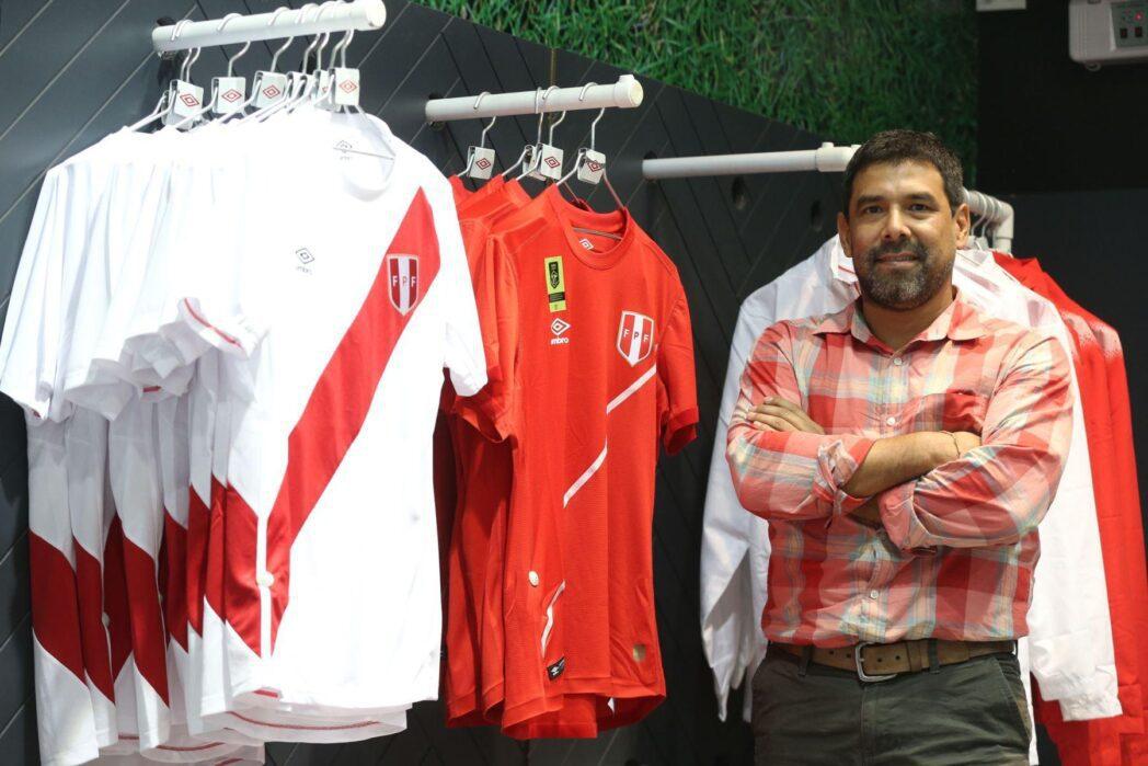 ventas de camisetas de selecci n en provincias Umbro - Ventas de camisetas peruanas se elevaron por Copa América