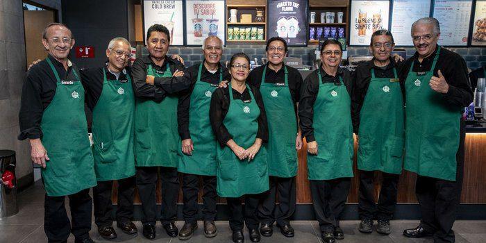 20180828155206 TAM1 - México: Starbucks abrirá su primera tienda a cargo de adultos mayores