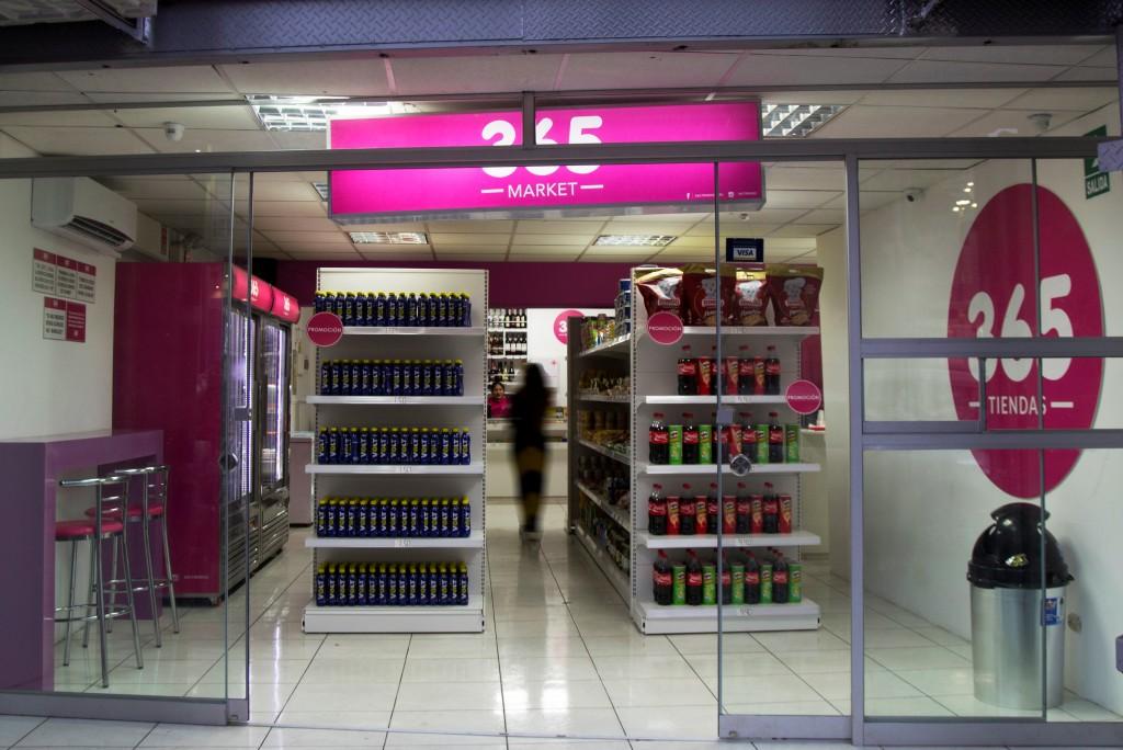 365 market 6 1024x684 - Las tiendas de conveniencia 365 prevén tener 10 locales este 2017