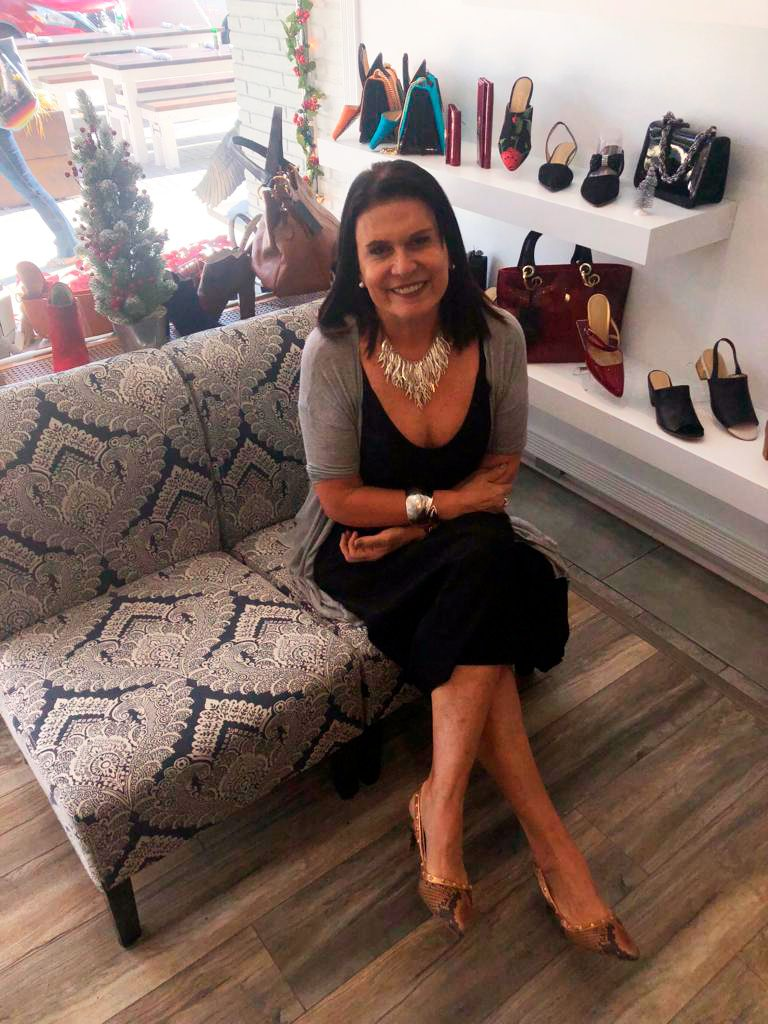 4 1 1 768x1024 - Marca peruana Milano Bags abre una tienda en exclusivo mall de Estados Unidos