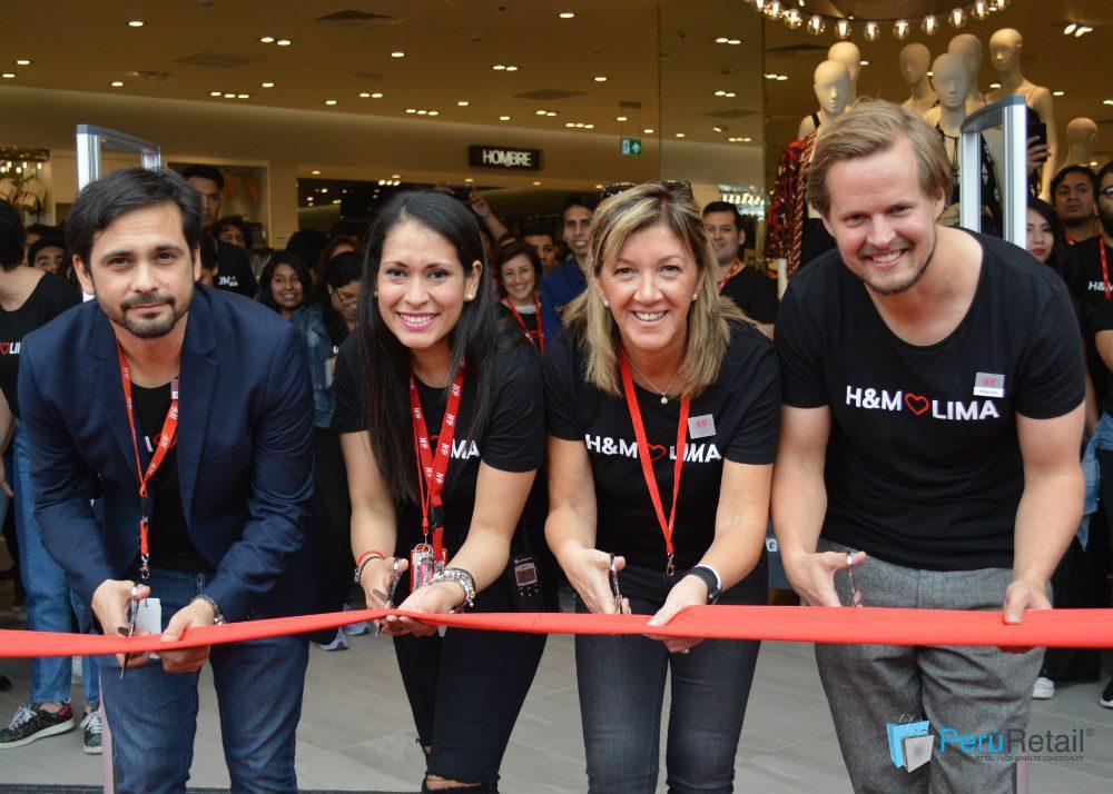 4 - H&M recibió 2000 personas en su día de apertura en MegaPlaza