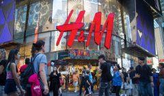 800x 1 240x140 - H&M crea puesto directivo de diversidad e inclusión, tras polémica racista