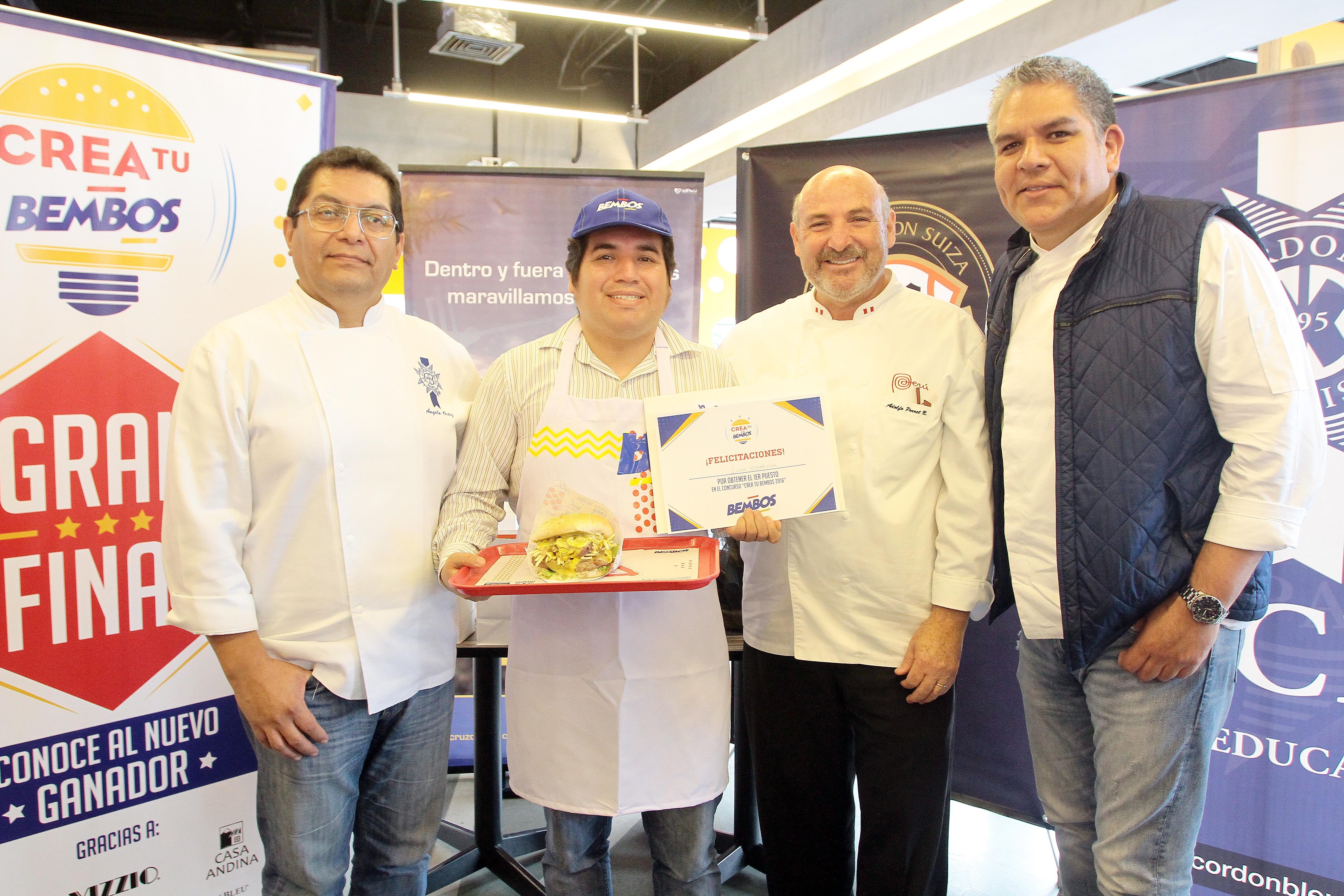Angelo Ortiz Ivan Valenciaganador Adolfo Perret José del Castillo - Concurso 'Crea tu Bembos 2016' llegó a su fin