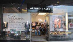 Arturo Calle lidera comercio de prendas de vestir al por menor en Colombia 248x144 - Arturo Calle dejaría de contratar a 400 empleados debido a bajo consumo en Colombia
