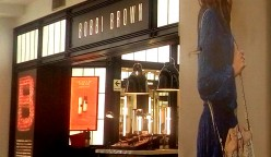 BOBBI BROWN (2) PERU RETAIL