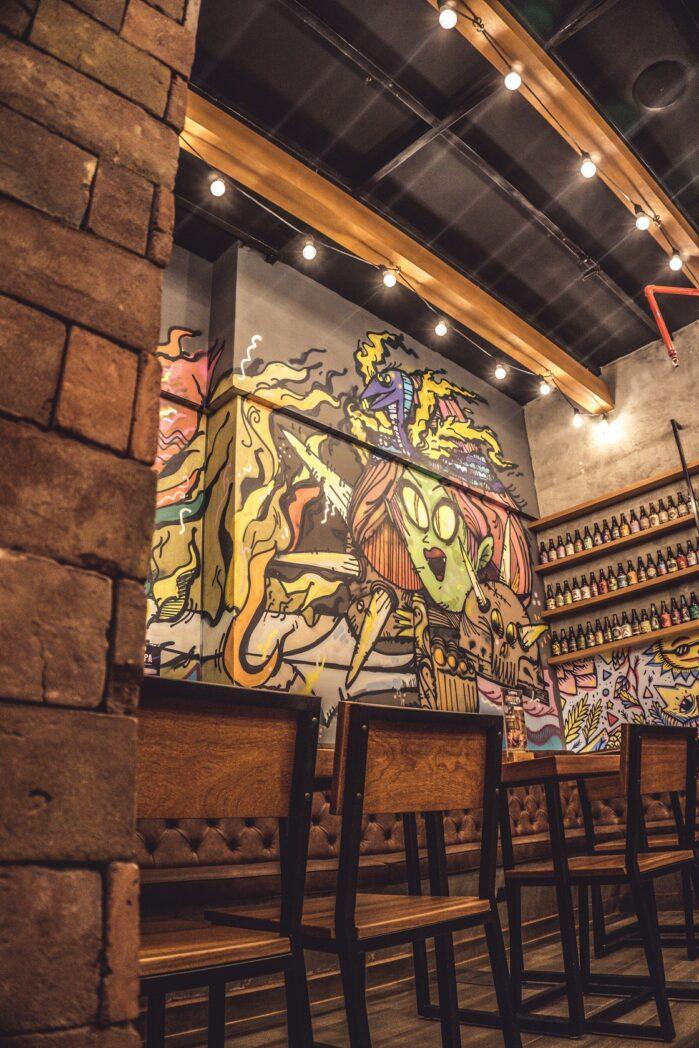 Barbarian Sheraton Lima interior 1 - Barbarian inaugura bar de cerveza artesanal en Hotel Sheraton Lima