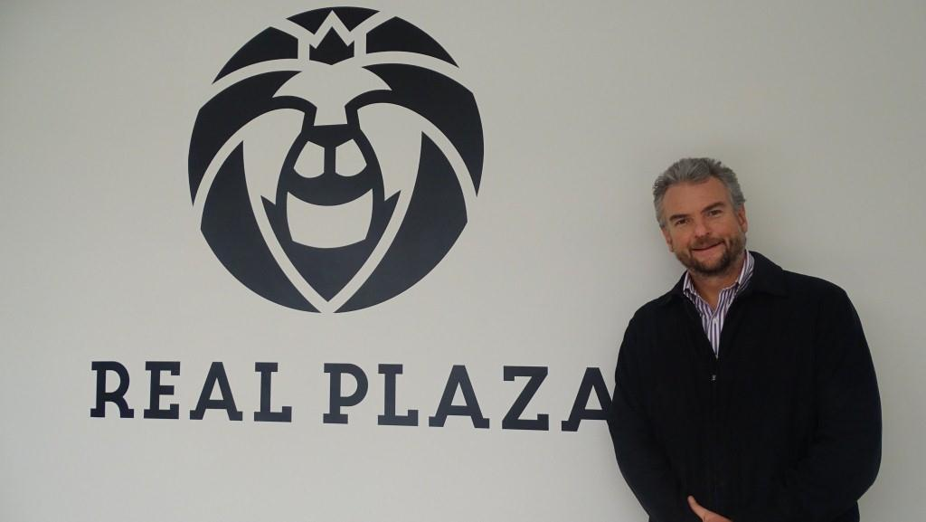 CEO Real Plaza2
