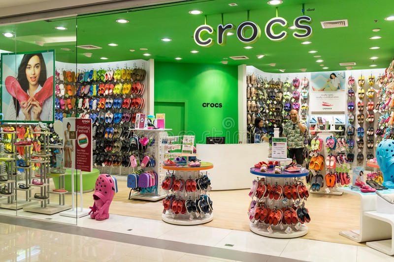 CROCS - Mall Plaza amplía oferta de calzado infantil en Perú