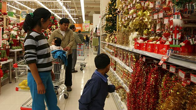 Campaña navideña centros comerciales 1 - Navidad: Wong y Saga Falabella serían los retailers más visitados por ejecutivos