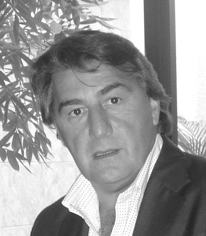 Carlos Canudas bn