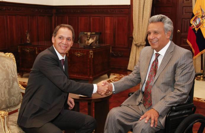 Claro Ecuador Foto El Universo - Claro invertirá US$ 450 millones en Ecuador