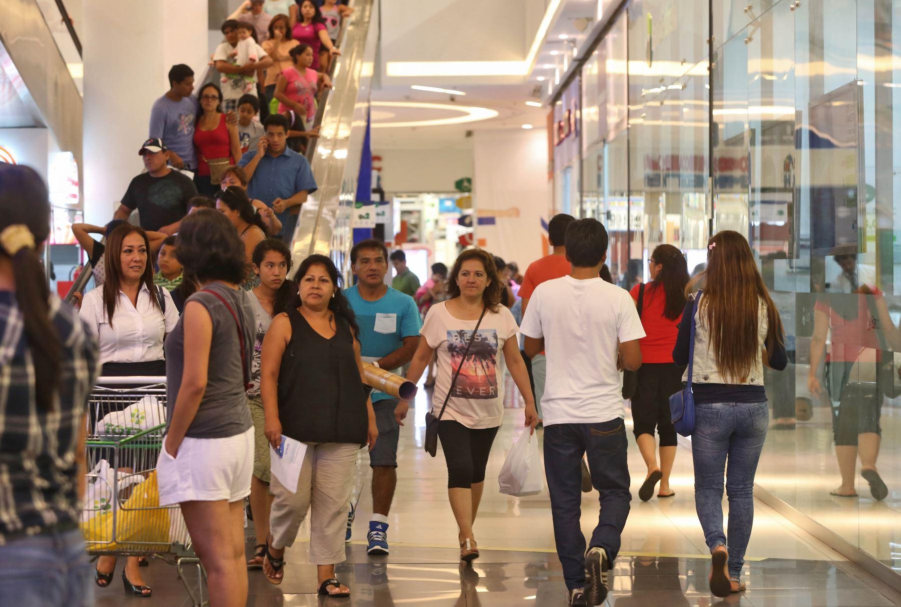 Compra peruanos retail