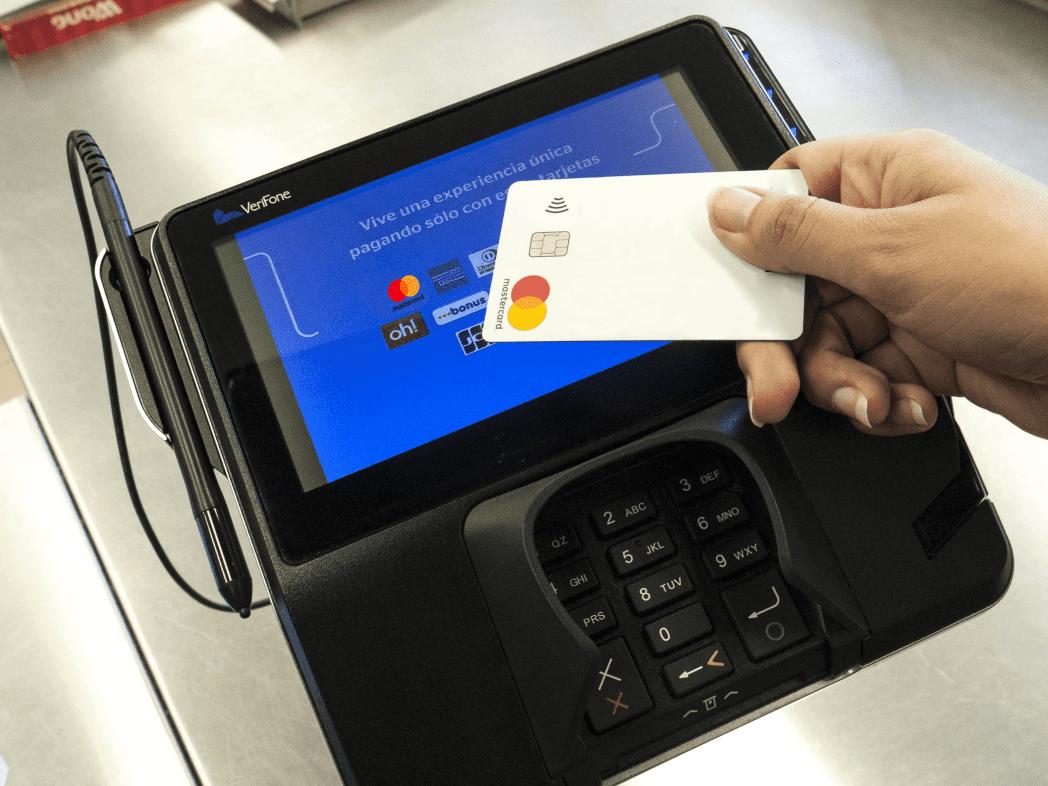 Contactless Mastercard - Perú: Cencosud implementa POS de última tecnología en Wong de Asia