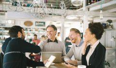 Coworking business 240x140 - Espacios de coworking en el retail crecerán 25% hasta el 2023