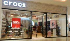 Crocs 1 240x140 - Crocs abrirá su tienda número 16 en el Mall Aventura Chiclayo