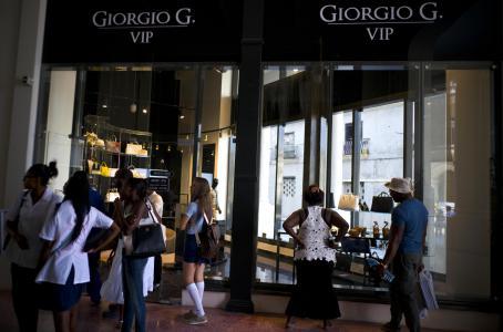 Cuba primer mall de lujo3 - Consumidores de mercados emergentes siguen impulsando el crecimiento del mercado de lujo
