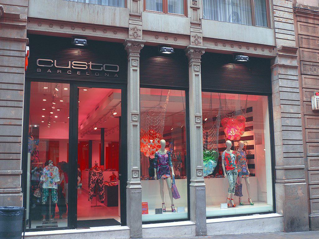 Custo Barcelona en Perú