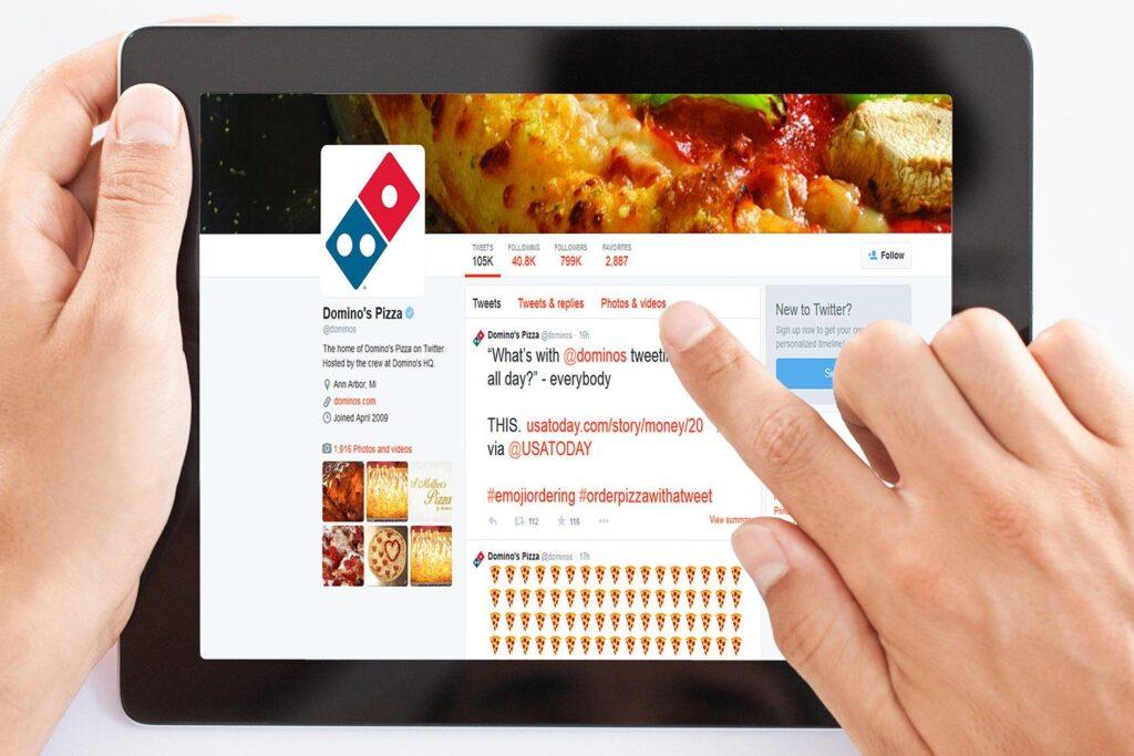 DOMINOS-Pizza-Emoji-Ordering-Dominoes
