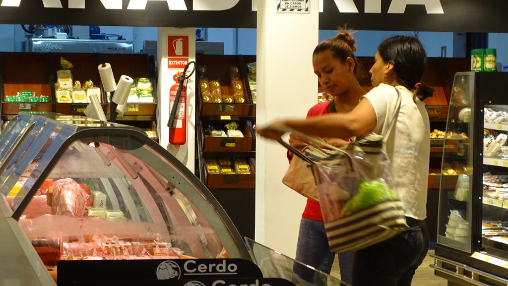 DSC00333 1024x577 - Perú: Supermercados Franco abre las puertas de su primer local en Surco