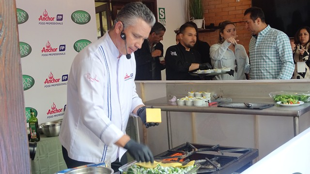 DSC03193 - Chef Pablo Lou brinda consejos útiles para rentabilizar tu negocio Horeca