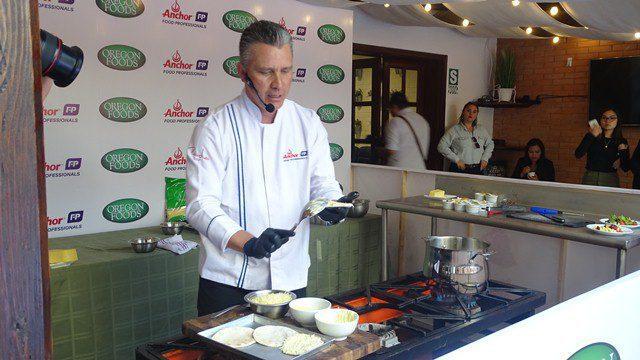 DSC03214 - Chef Pablo Lou brinda consejos útiles para rentabilizar tu negocio Horeca