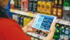 """Data Analytics Employee 240x140 - """"El entorno en el que se desarrolla el retail es altamente dinámico e intensamente competitivo"""""""