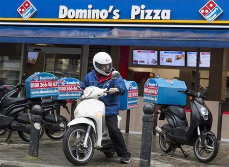 Dominos pizza - Domino's Pizza permitirá ordenar y recibir pizzas en lugares públicos de México