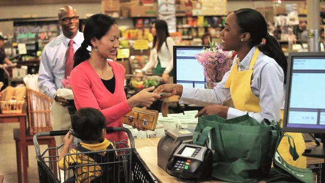EXPERIENCIAS DE COMPRA EN EL CHECKOUT 2 FUENTE GENETICLITERACY PROJECT.ORG - Cinco claves para la nueva década del retail
