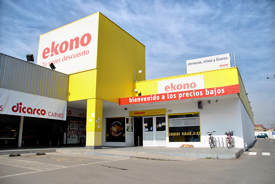 Ekono Walmart1 - Walmart Chile planea reemplazar sus tiendas Ekono por Express de Lider