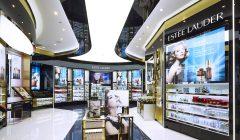 Estee Lauder Haitang Bay Flagship Store 240x140 - Estée Lauder contrae sus ganancias por reforma fiscal de Trump