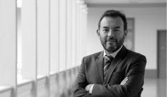 FERNANDO GALLARDO bn 1 240x140 - ¿Por qué debería crear y desarrollar una marca?