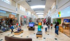 FL-MALL-Interior-Shops
