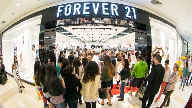 FOREVER 21 amazonas shopping - Forever 21 se deprecia: Ofrecen casi 50 veces menos del valor de marca