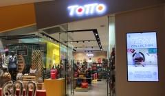 FOTTO TOTTO PRENSA 240x140 - Totto inauguró en Lima su tienda número 600 a nivel mundial