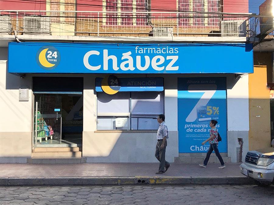 Fachada farmacia chavezcopia - Bolivia: Farmacias Chávez abre su local N°71 que atiende las 24 horas