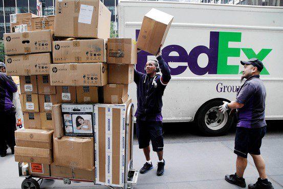 FedEx1 - FedEx aumenta sus ingresos durante el segundo trimestre del año