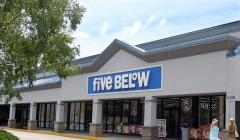 Five Below 2 240x140 - Five Below abre nueva tienda en Carolina del Sur en EE. UU.