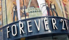 Forever 21 prevé reducir número de tiendas debido a caída de sus ventas
