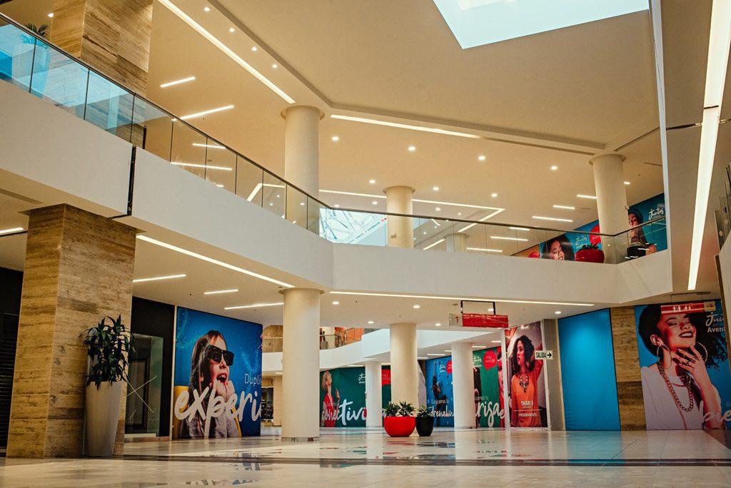 Foto Colliers Fuente Mall Aventura - Perú: Cadenas de retail afrontan dificultades para reabrir en centros comerciales
