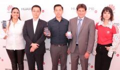 Foto Oficial Lanzamiento Huawei P10 Peru 240x140 - Huawei P10 fue presentado oficialmente en Perú