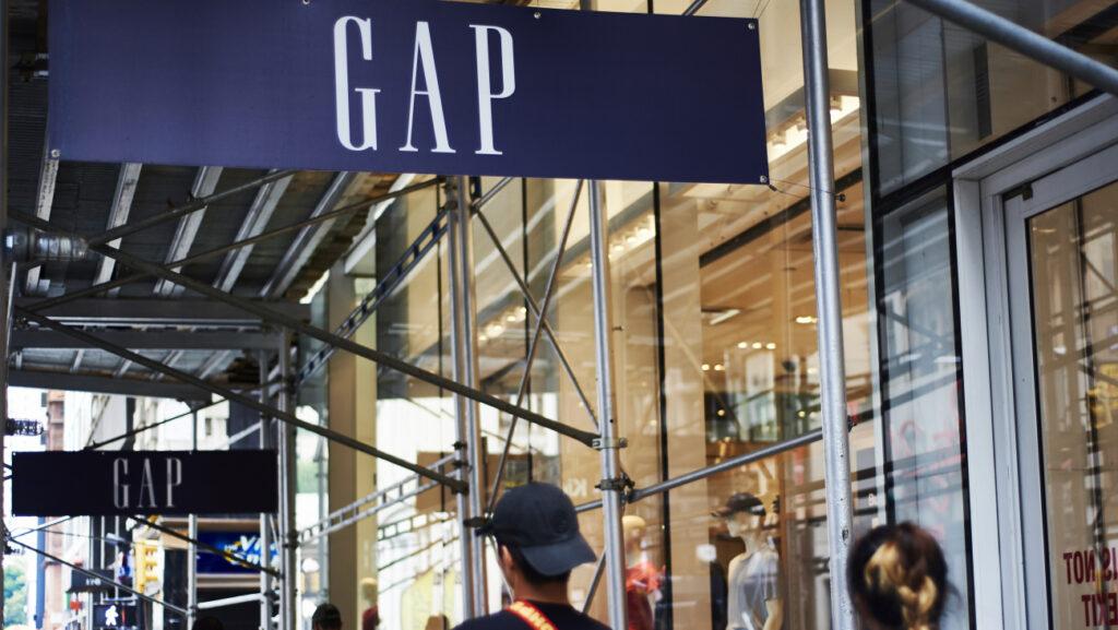 GAP 3 1024x577 - Gap, la marca con épocas doradas que ahora lucha por mantenerse a flote