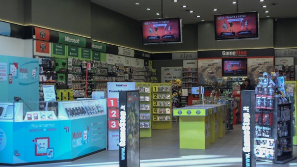 GameStop-60