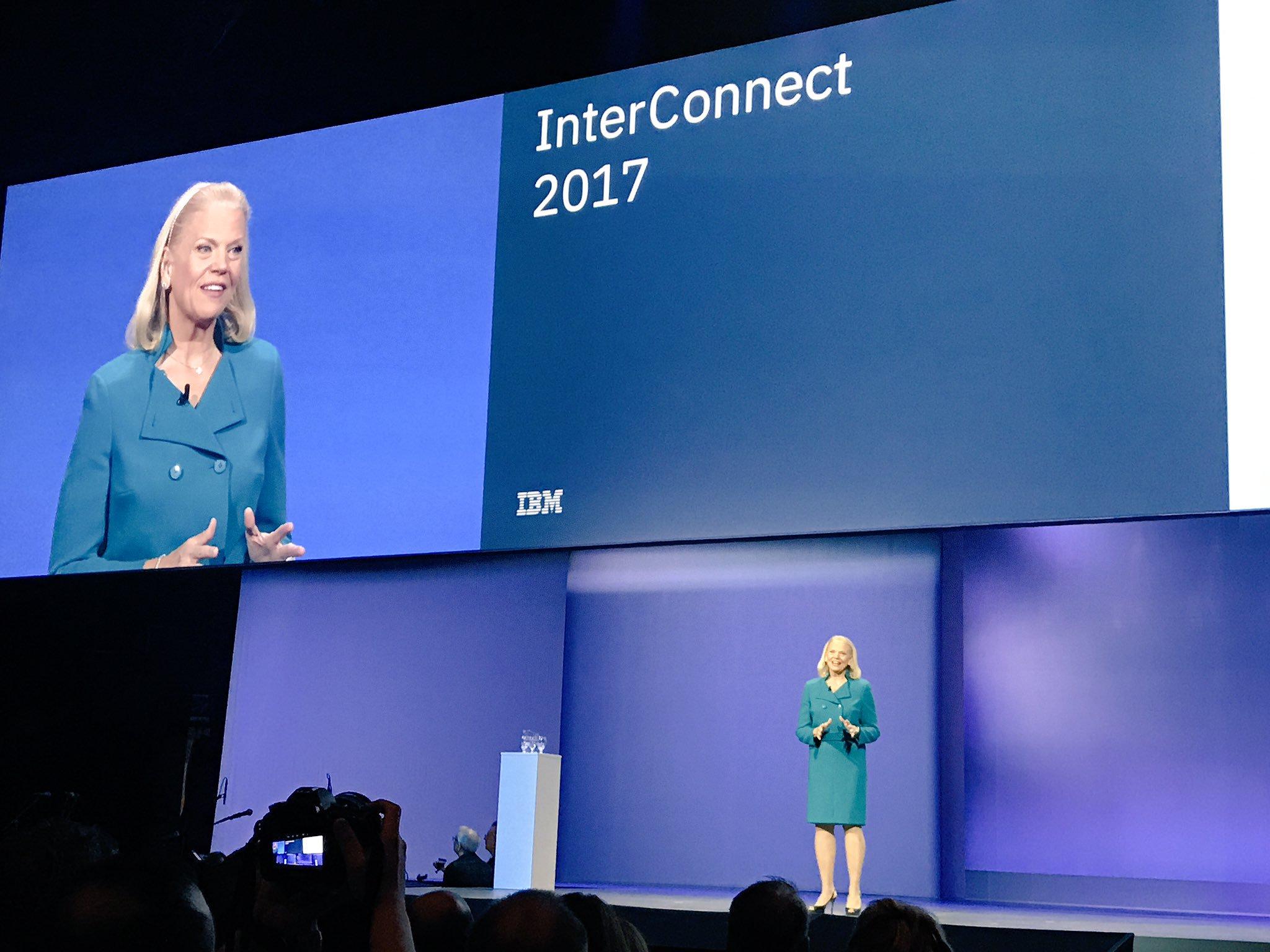 """Ginni Rometty CEO de IBM - IBM: """"La data, IoT y dispositivos móviles, serán los recursos que regirán la construcción de negocios en el mundo"""""""