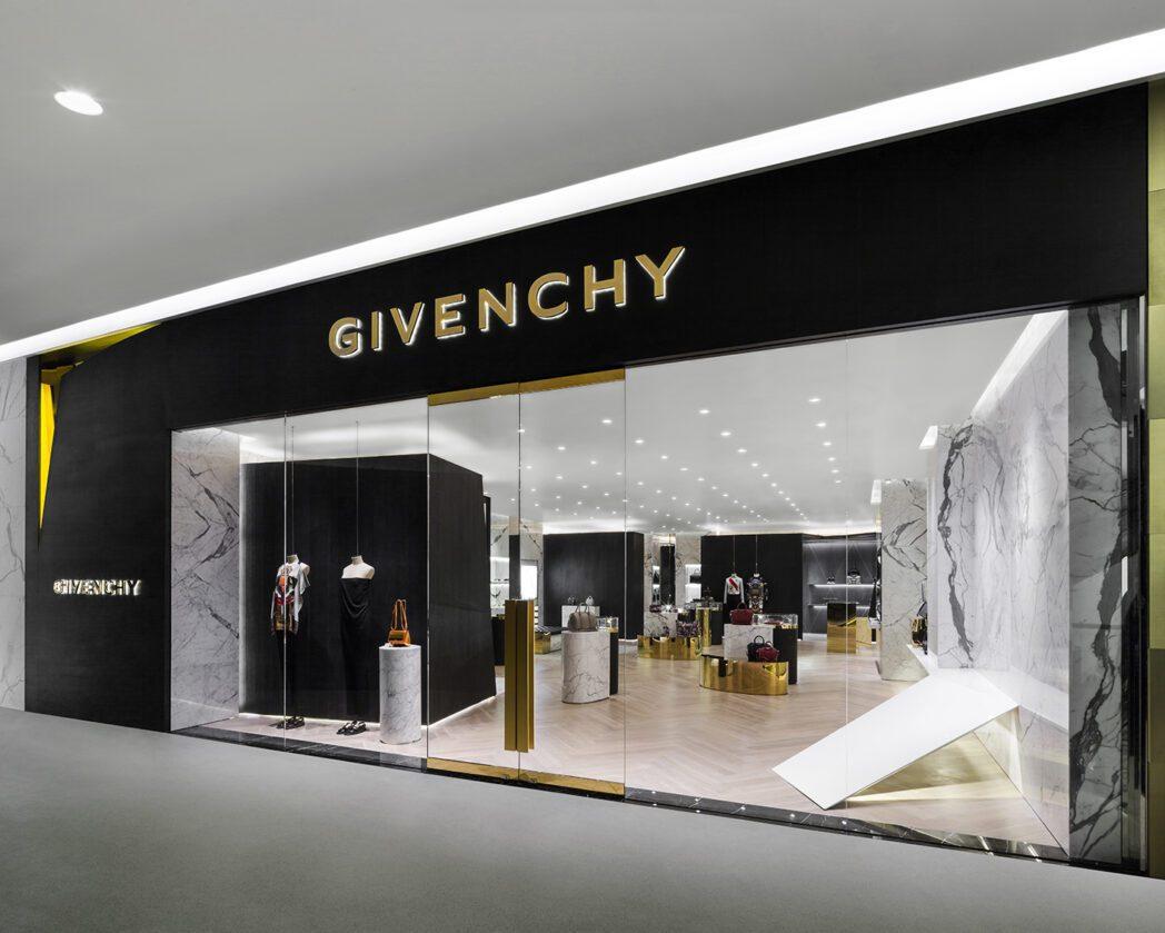 Givenchy llegaría al Perú